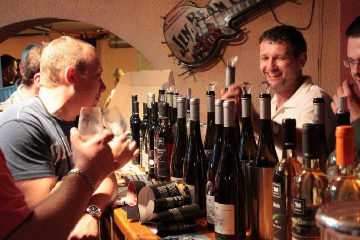 Ilustračný obrázok k článku V kraji začína turistická sezóna: Otvoria ju vínom a špecialitami