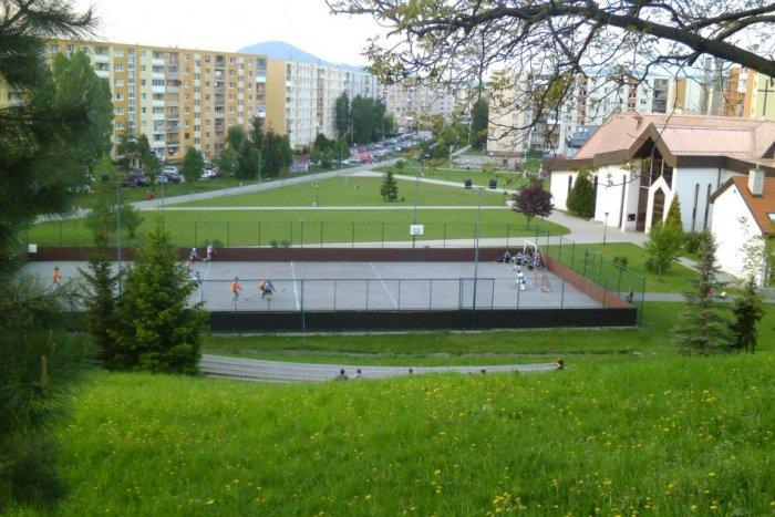 Ilustračný obrázok k článku Prešovskí hokejbalisti nemajú ihrisko. Ligu hrajú až v Košiciach