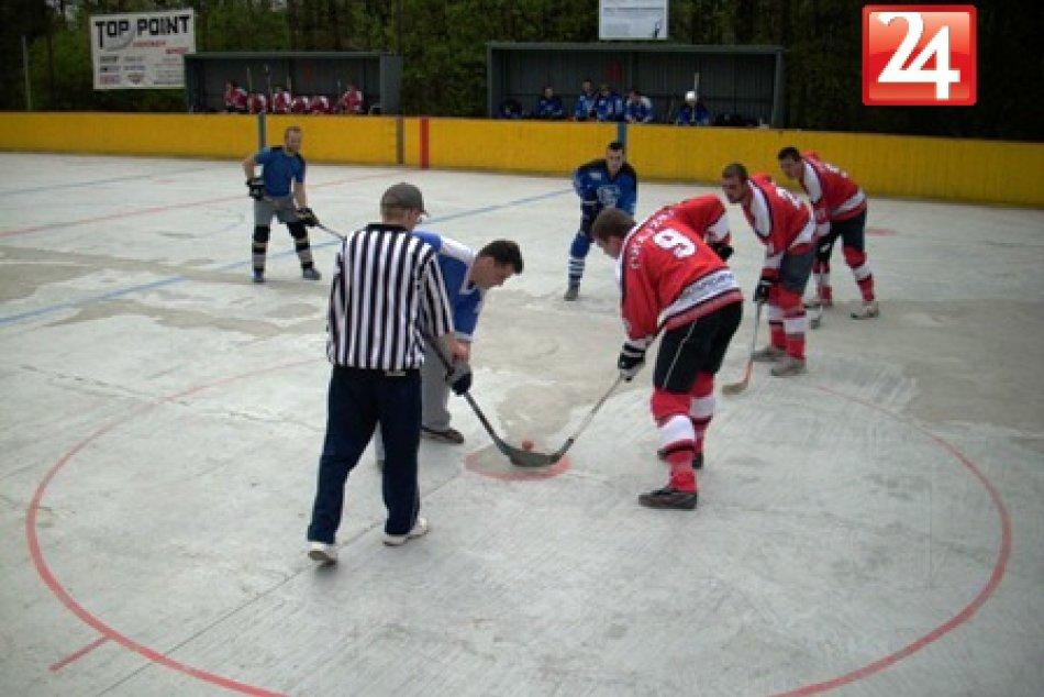 bb_hokejbal12kolo