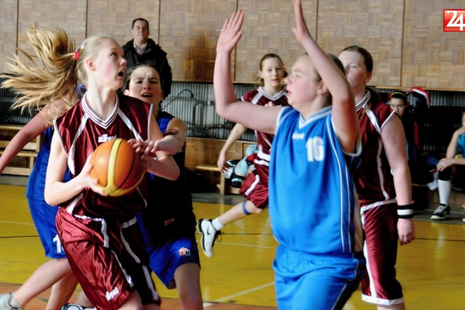 Basketbal ml.ziacky Handlova-Zvolen