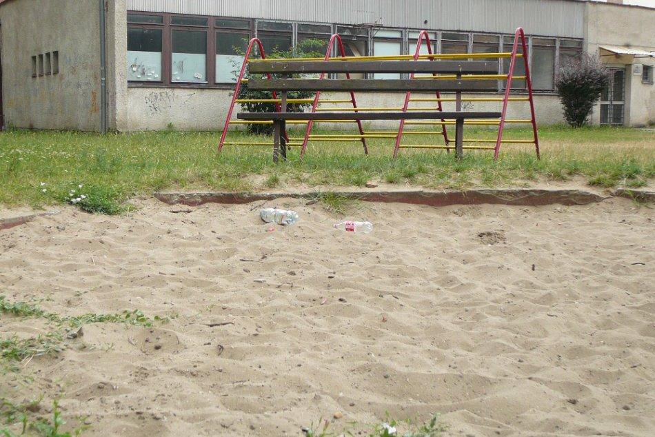Detské pieskoviská v Topoľčanoch: Sú všetky bezpečné?