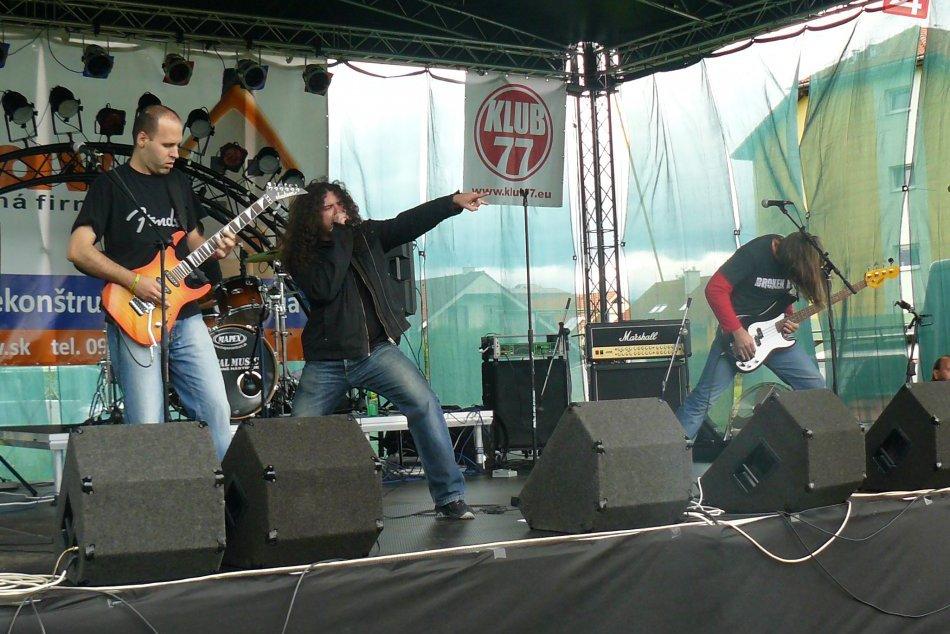 Spoveď bystrickej kapely Broken Rain: Hráme hudbu, ktorá má srdce, dušu aj gule!