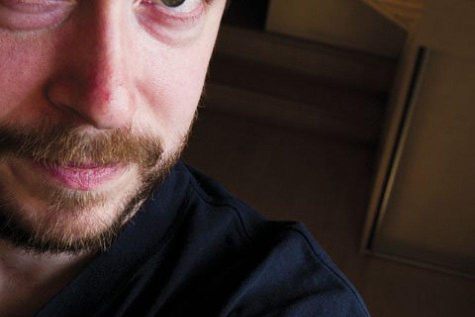 výtvarník Borodovčák - autor kresieb novej hry o Bystrici
