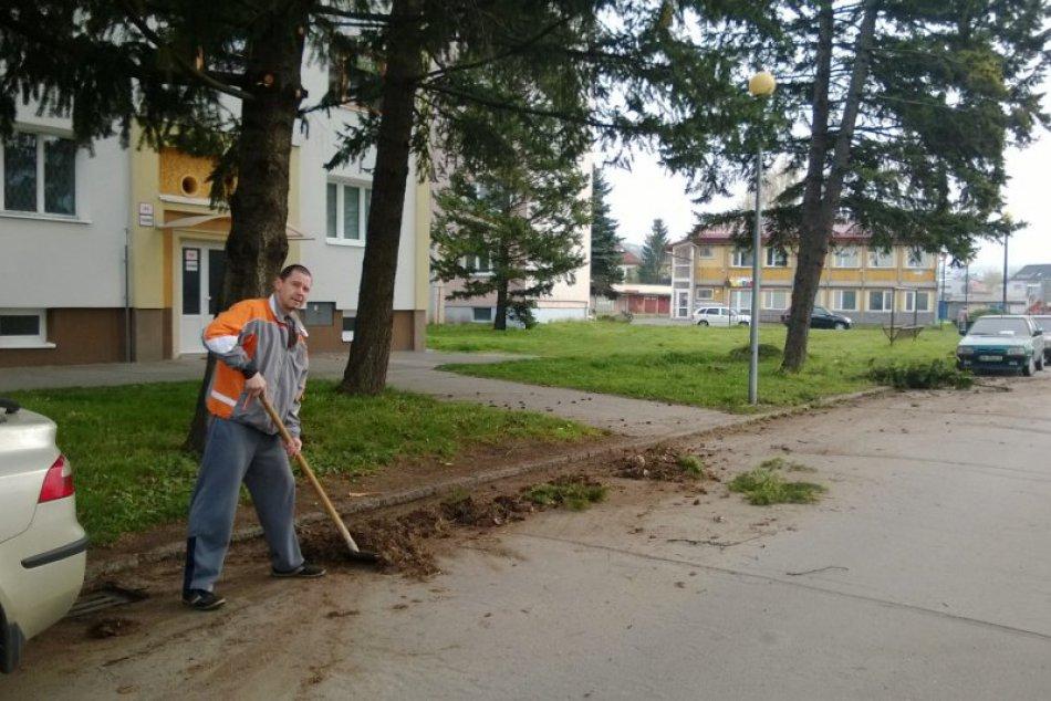 Bystričania nezaháľali a vyčistili svoje mesto: V uliciach vyzbierali vyše 200 t
