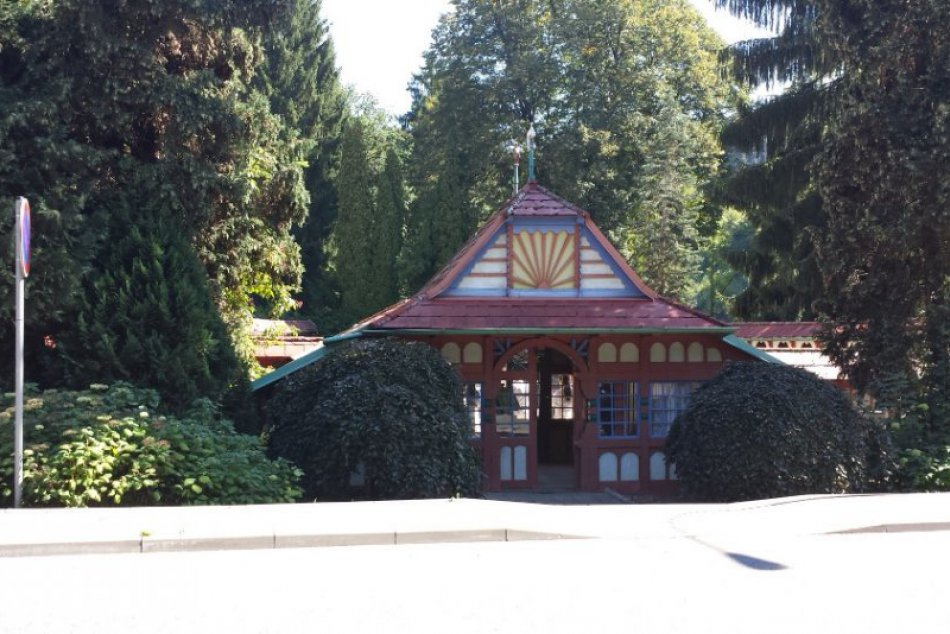 Jurkovičove Riečne a slnečné kúpele v Luhačoviciach po roku opäť otvoria