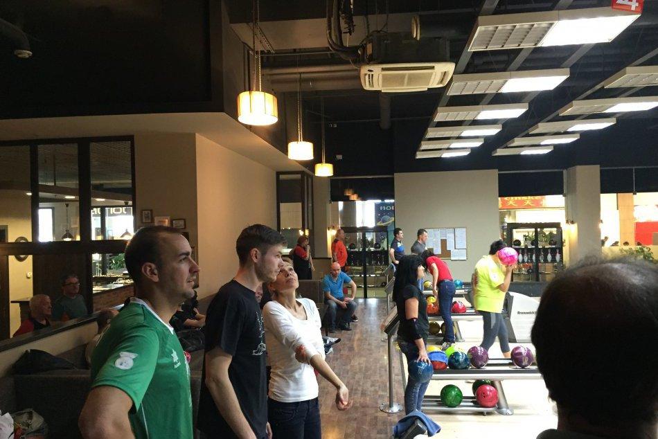FOTO: Prvé kolo bowlingového turnaja Frašták Tours