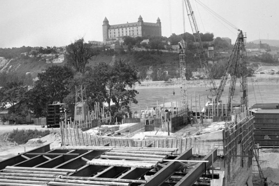 Tak plynie čas: Ako vznikal Most SNP