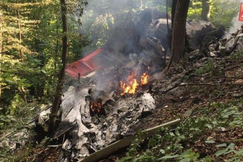 Zrážka dvoch lietadiel zmobilizovala hasičov