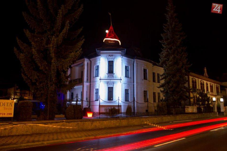 Obrovská mikulášska čiapka v Bystrici v OBRAZOCH
