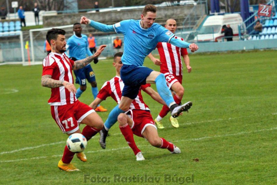 FOTO: V súboji FC Nitra s FK Dukla Banská Bystrica sa zrodila remíza