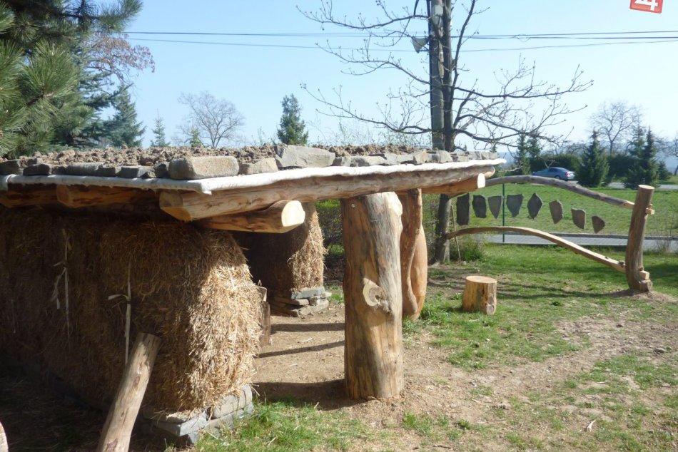 FOTO nevšedného projektu pri Bystrici: Keď sa príroda stáva školou