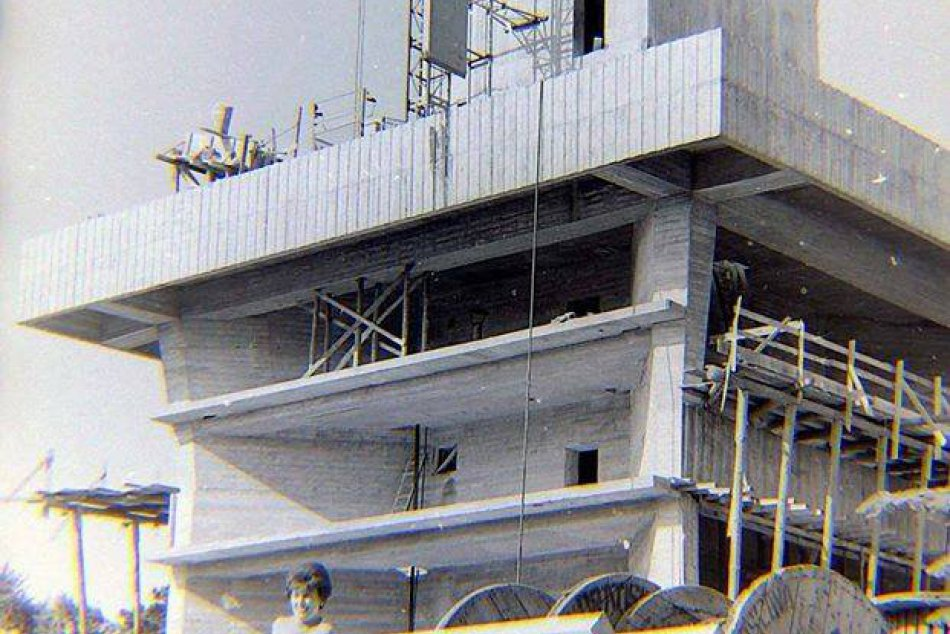 Výstavba televíznej veže Kamzík