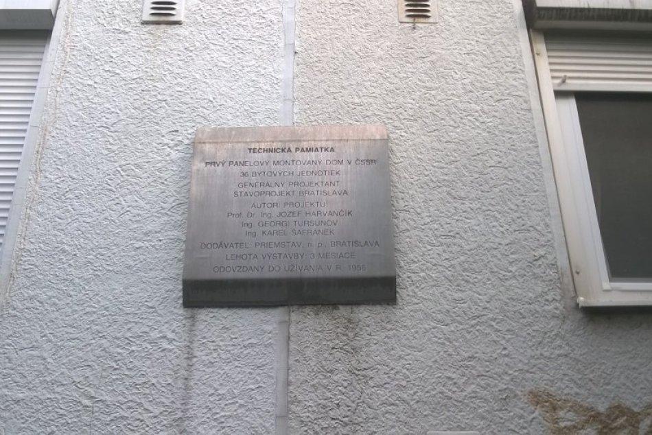 Prvý panelák v Československu