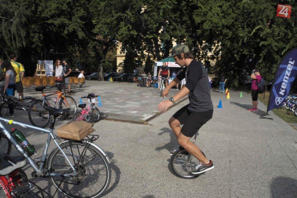 Podujatie Na bajku do mesta zaplnilo Šafárikovo námestie bicyklami