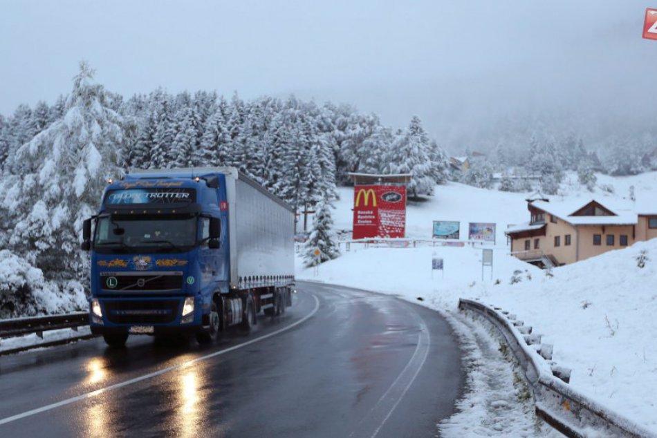V OBRAZOCH: Donovaly prikryl sneh už v októbri
