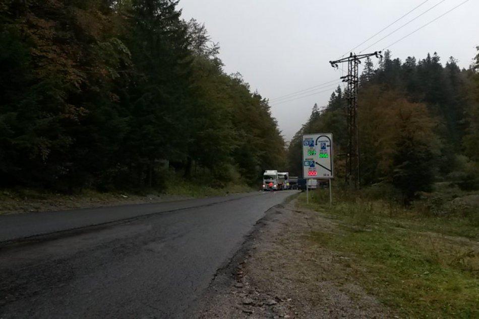 FOTO: Rekonštrukcia cesty Tále - Srdiečko v plnom prúde