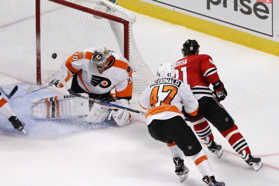 Marián Hossa dal 500. gól v základnej časti NHL