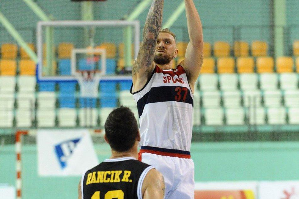 FOTO: Basketbalisti spod Zobora s ďalšou prehrou, podľahli súperovi z Bratislavy