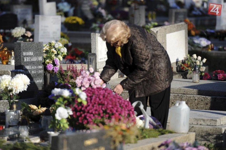 Tipy, ako bezpečne a bez úhony prežiť dušičkové návštevy cintorínov