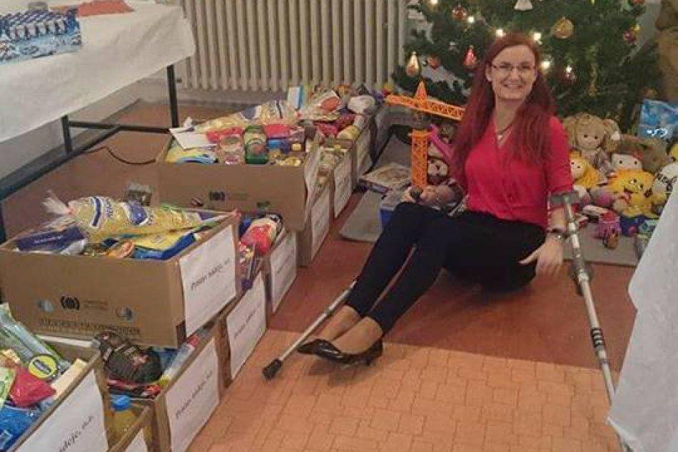 V OBRAZOCH: V Bystrici boli predčasné Vianoce, potešili ľudí v núdzi