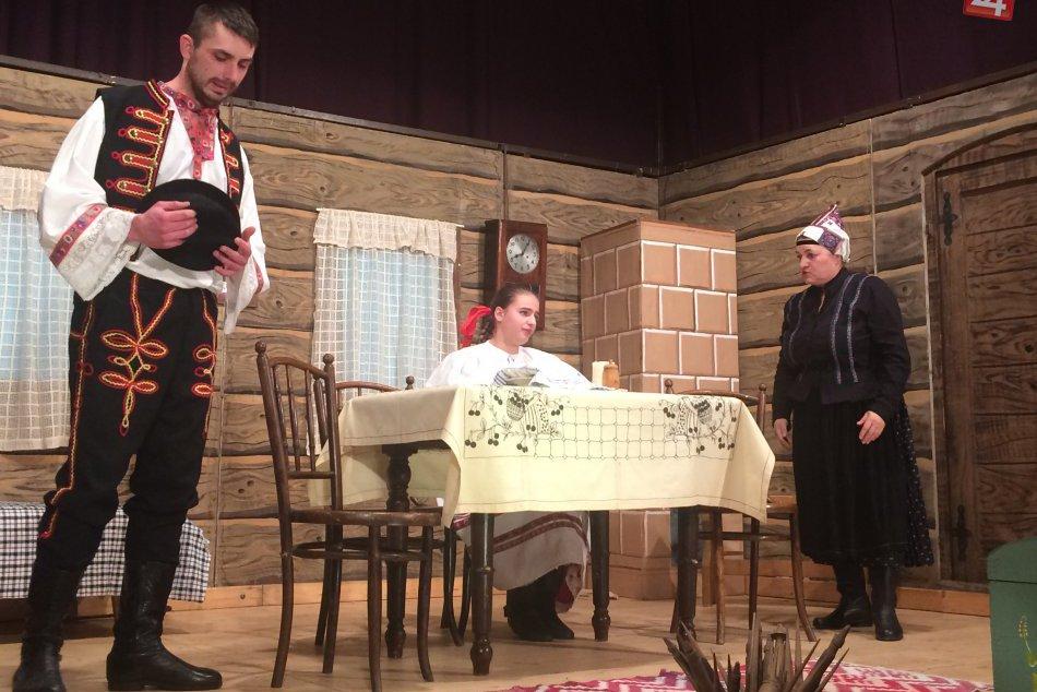 Divadlo Ozvena - premiéra hry Ženský zákon