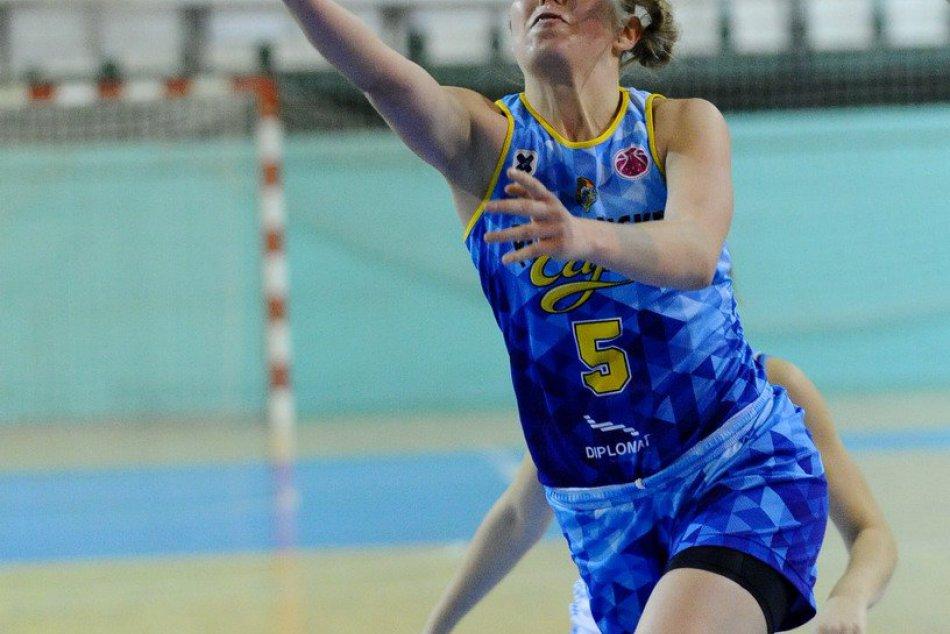 V basketbale sa Nitre nedarilo: Muži neustáli derby, ženy prehrali v dohrávke