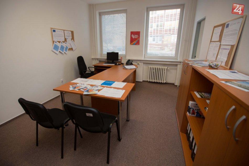 V OBRAZOCH: Otvorenie informačno-poradenského centra v Bystrici