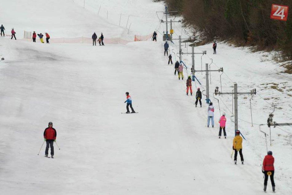 Jarná lyžovačka v Relax Centre Plejsy na východe Slovenska