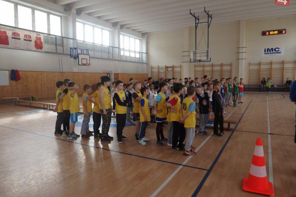 Minibasketbalové hry v Považskej Bystrici: Sily si zmerali mladé nádeje