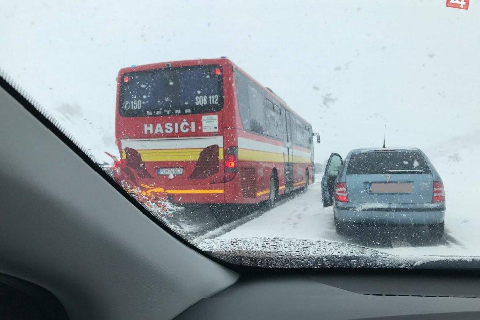 Hromadná dopravná nehoda na D1 pod Tatrami