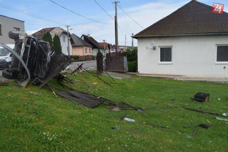 OBRAZOM priamo z miesta: V Bystranoch sa stala dopravná nehoda!