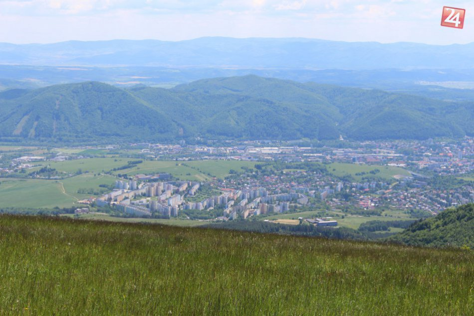 V OBRAZOCH: Bystrica z výšky Panského dielu