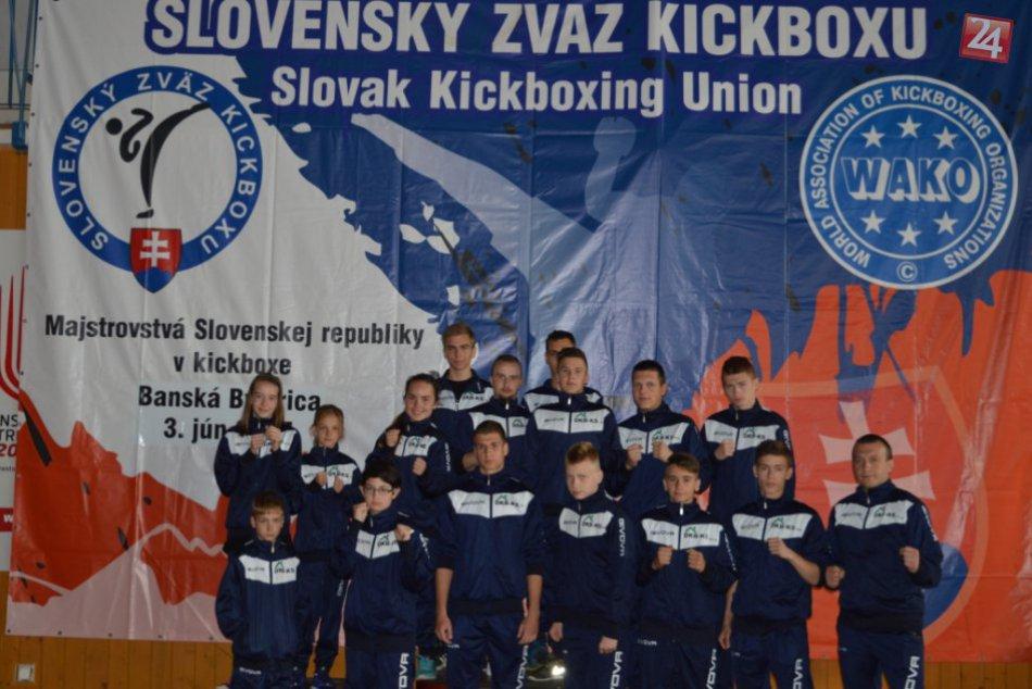 Michalovskí kickboxeri doniesli z majstrovstiev medaily