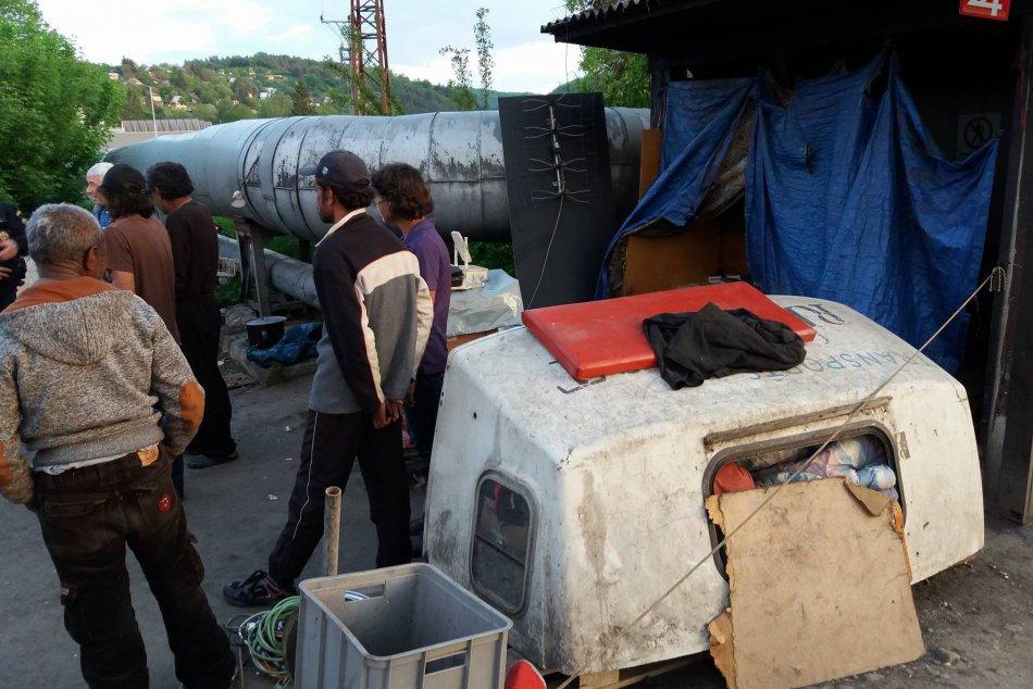 V OBRAZOCH: Mestská polícia vo Zvolene mapuje bezdomovcov