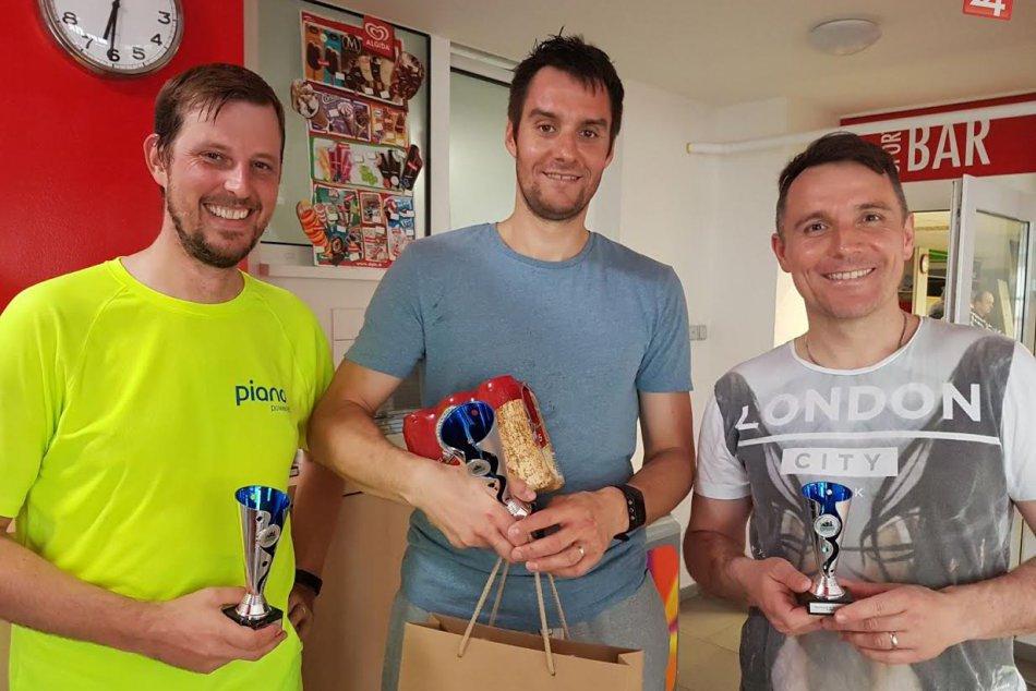 FOTO: Hlohovskí squashisti dali parádnu bodku za sezónou