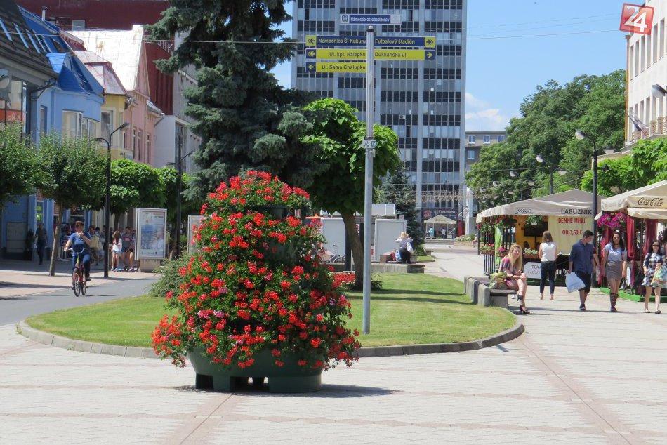 FOTOGALÉRIA: Michalovské námestie sa môže pochváliť novinkou!