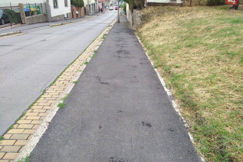 Opravované chodníky v Nových Zámkoch (2017)