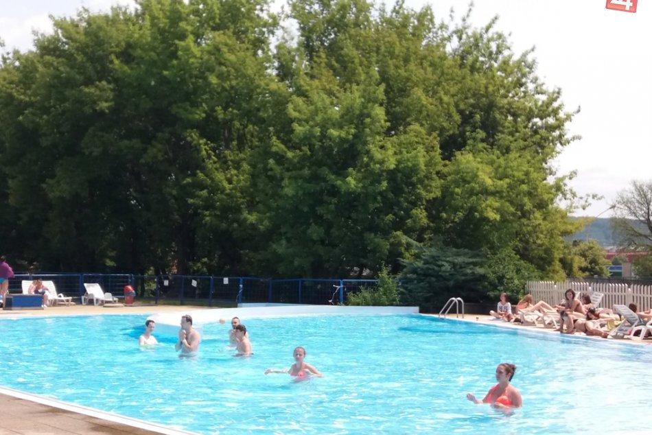V OBRAZOCH: Horúce dni si Košičania užívali na kúpalisku