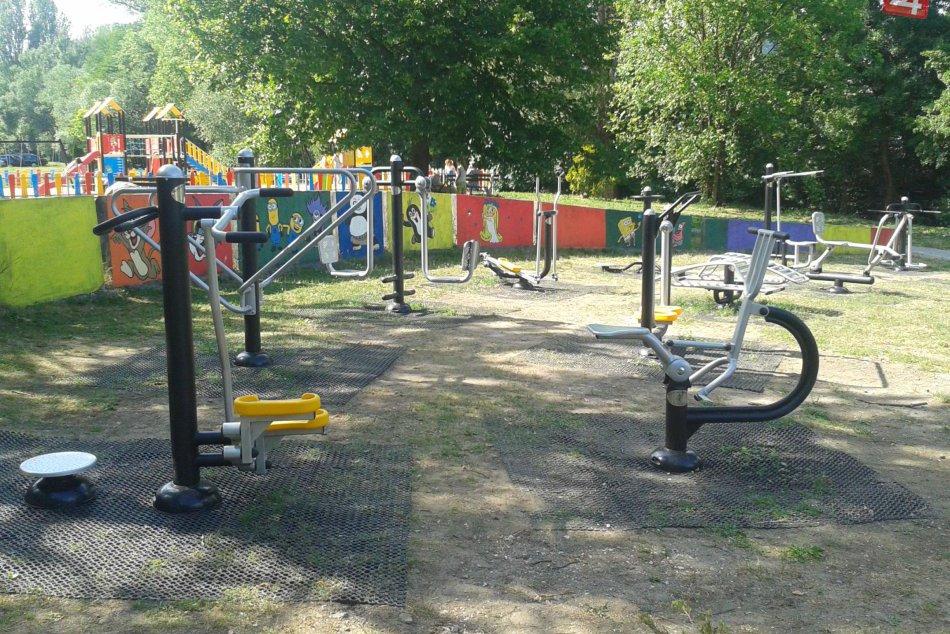 V OBRAZOCH: V Bystrici si zacvičíte v novom fit parku