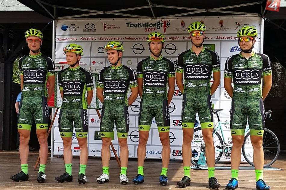 V OBRAZOCH: Bystrickí cyklisti na šesťetapových pretekoch v Maďarsku