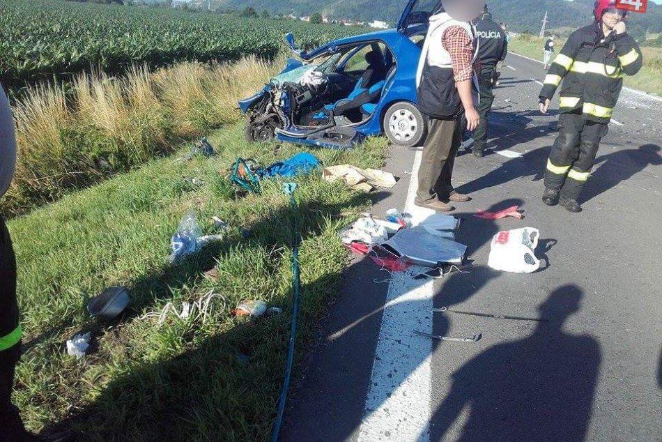 OBRAZOM z miesta nešťastia: Medzi Brekovom a Humenným sa stala dopravná nehoda!