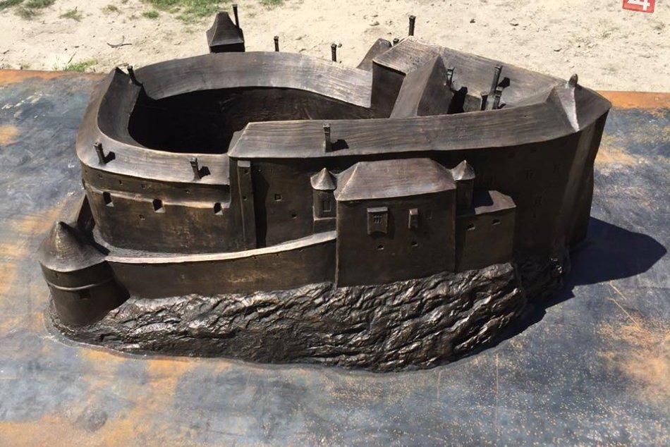 Model Považského hradu: Takto vyzeral v 17. storočí