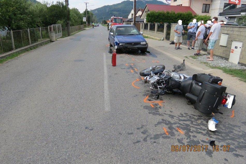 Tragická nehoda v okrese Považská: Zrážku neprežil motorkár († 52)