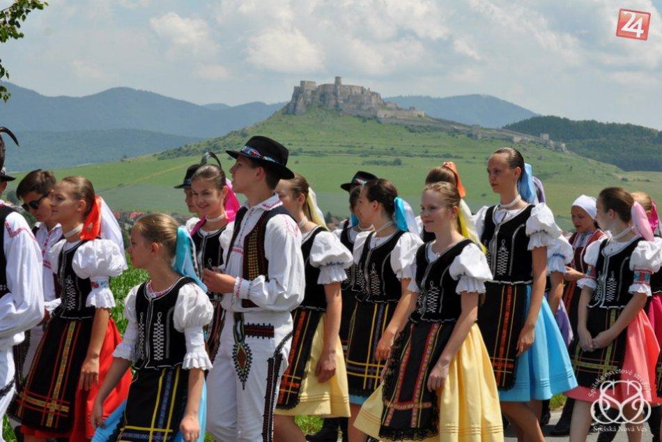 OBRAZOM: Atmosféra spišských folklórnych slávností zachytená objektívom