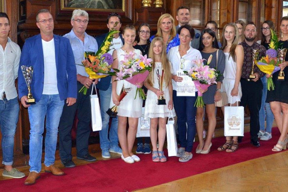FOTO: Ocenení humenskí športovci za rok 2016