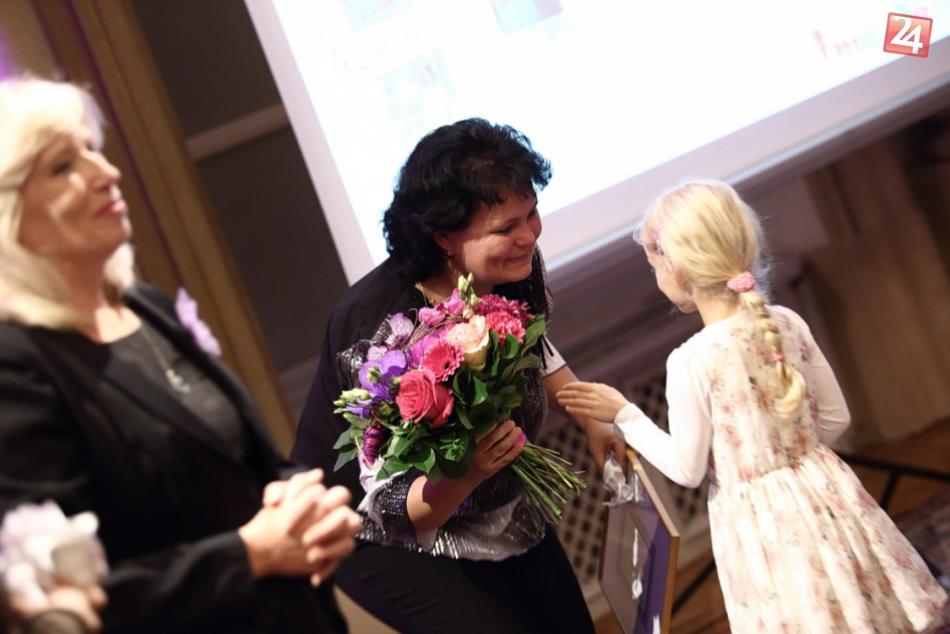V OBRAZOCH: Zvolenčanka Denisa Panicová sa stará o novorodencov