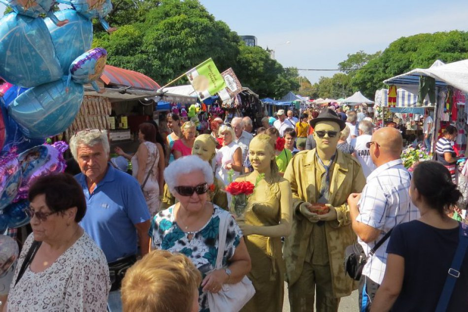 FOTOGALÉRIA: Michalovce sa dočkali ďalšieho ročníka Zemplínskeho jarmoku