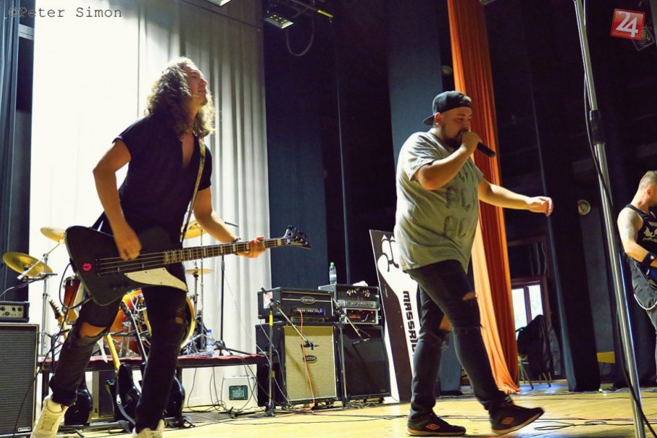 Obrazom: Koncert Roba Šimka a Massriot na rožňavskej radnici