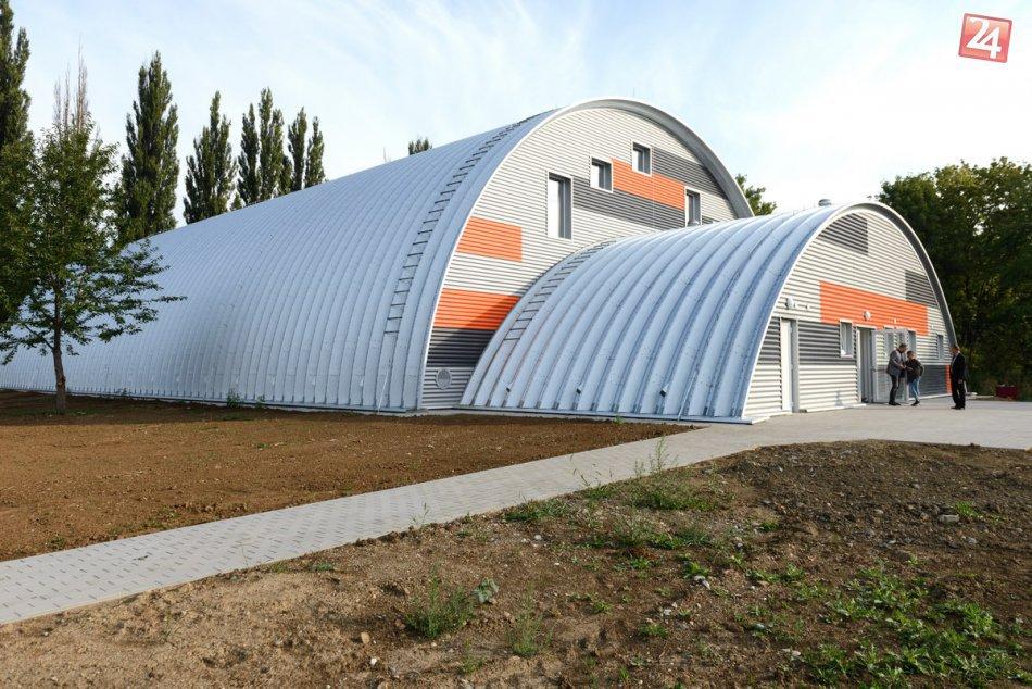 FOTO: V Nitre otvorili novú telocvičňu na Základnej škole Tulipánová