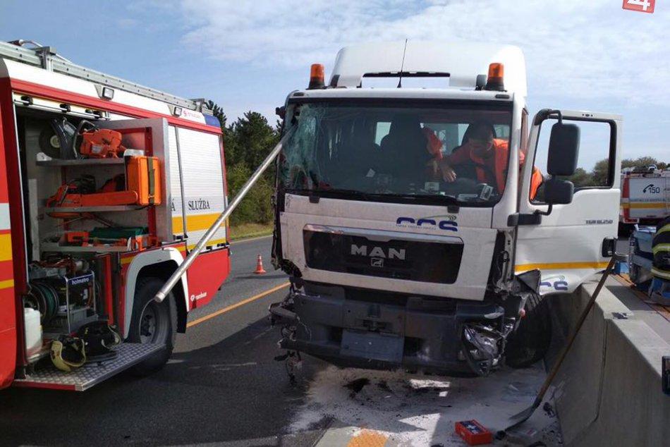 Nehoda na D1 (11. 9. 2017)